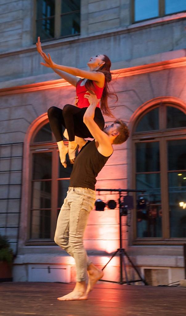 Doigts, Ethno Ballet Paris
